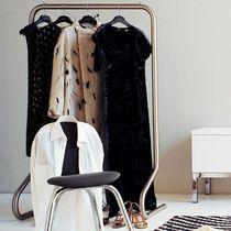 Moderne Garderobenstange / Edelstahl
