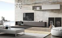 Moderne Wohnwand / lackiertes Holz