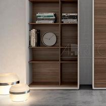 Moderne Bibliothek / Holz
