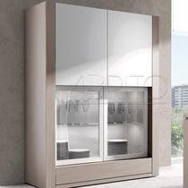Moderne Geschirrschrank / Holz