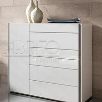 Moderne Chiffonnier / lackiertes Holz / weiß