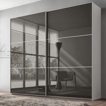 Moderne Kleiderschrank / Glas / Melamin / Schiebetüren