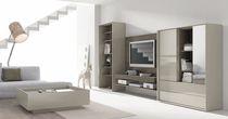 Moderne Multimedia Möbel / Glas / lackiertes Holz