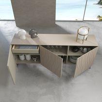 Modernes Sideboard / Holz / lackiertes Holz
