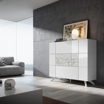 Hohes Sideboard / modern / lackiertes Holz / weiß