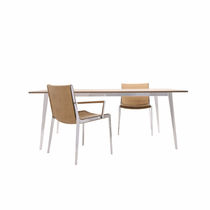 Moderner Esstisch / Holz / rechteckig / Contract