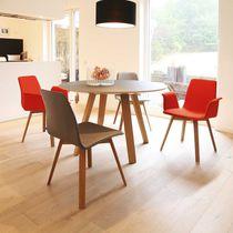 Moderner Besucherstuhl / mit Armlehnen / Polster / Kufen