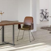 Moderner Besucherstuhl / Polster / mit Armlehnen / Kufen