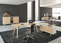 Chefschreibtisch / Holz / Glas / modern