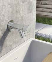 Wasserhahn für Trinkbrunnen / wandmontiert / verchromtes Metall / für den Garten