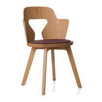 Moderne Stuhl / aus Eiche / von Alfredo Häberli