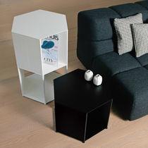 Nachttisch / modern / Aluminium / sechseckig