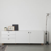 Modernes Sideboard / lackiertes Holz / lackiertes MDF / aus Massivholz