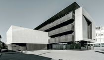 Keramikfassadenverkleidung / matt / für hinterlüftete Fassade