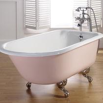 Badewanne auf Füßen / oval / aus Gusseisen