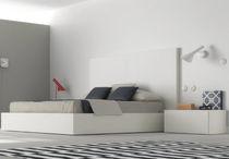 Standardbett / Doppel / modern / Holz