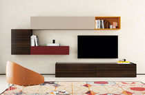 Moderne Wohnwand / lackiertes Holz / aus Eiche