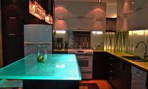 Küchentheke / Glas / gerade / beleuchtet