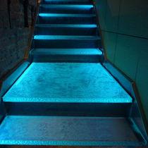 Glasstufe / integrierte LEDs