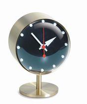 Moderne Uhr / Analog / Tisch / Messing