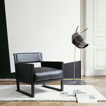 Moderner Sessel / Stoff / Leder / Kufen