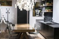 Moderne Küche / Stein / Metall