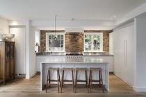 Moderne Küche / Stein / Kochinsel