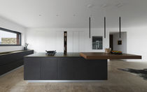 Moderne Küche / Holz / Kochinsel