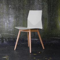 Moderner Bürostuhl / Polster / recycelbar / aus Eiche