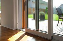 Terrassentür zum Schieben / Holz / Doppelverglasung