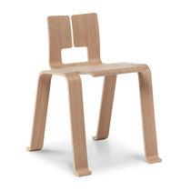 Moderner Stuhl / Stapel / aus Eiche / von Charlotte Perriand