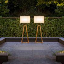 Lampe mit Fußgestell / modern / Edelstahl / aus Teakholz