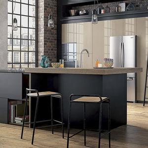 Moderne Küche / Aus Eiche / Quarz / Laminat