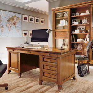 Kirschbaum Schreibtisch / Klassisch