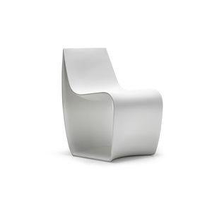Moderner Stuhl / Rotationsgesintertes Polyethylen / Contract / Für  öffentliche Einrichtungen
