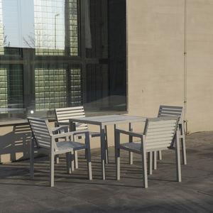 Moderner Stuhl / Mit Armlehnen / Aus Aluminium / Edelstahl