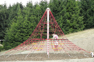 Klettergerüst Pyramide : Kletternetz für spielplätze pyramide cheops mini 4643 1b pro urba