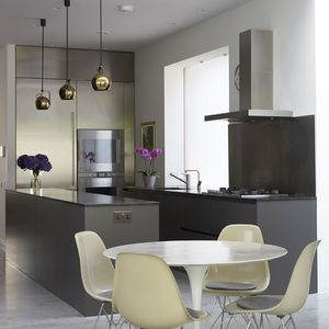 Moderne Küche / Holz / Edelstahl / Kochinsel