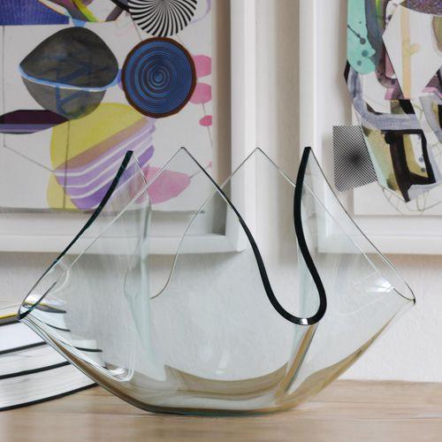 moderne Vase / Milchglas