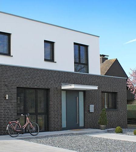 Massivziegel / für Fassaden / schwarz / Klinker