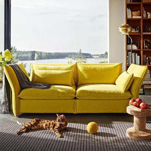 Modernes Sofa / Gewebe / von Edward Barber & Jay Osgerby / 2 Plätze MARIPOSA vitra USA