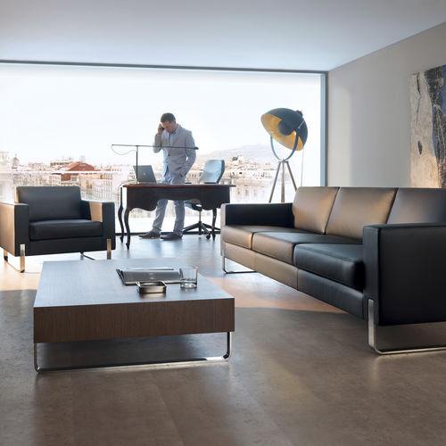 modernes Sofa / Leder / Metall / Objektmöbel