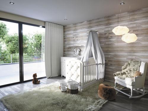 weißes Kinderzimmer / Baby