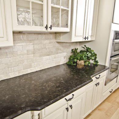 Granit-Arbeitsplatte / Küchen / schwarz - BROWN ANTIQUE - WALL ...