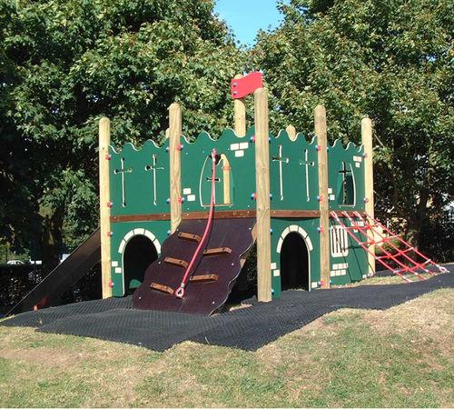 Spielplatzgerät für Spielplätze / HDPE / Holz / Edelstahl
