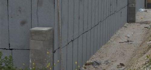 Abdichtungsbahn für Drainage / für eingelassene Mauern / für erdverlegte Senkrechtwand / in Rollenform