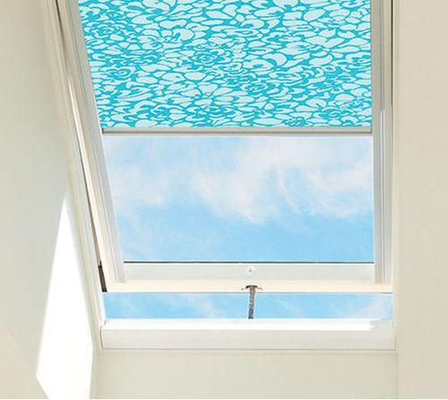 Projektions-Dachfenster / Holz / Aluminium / Doppelverglasung SOLAR POWERED