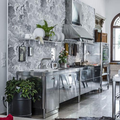 moderne Küche / Holz / Edelstahl / mit integriertem Griff
