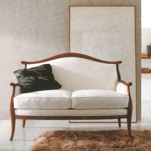 klassisches Sofa / Holz / Stoff / 2 Plätze