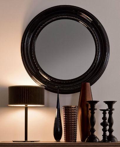 wandmontierter Spiegel / klassisch / rund / lackiertes Holz
